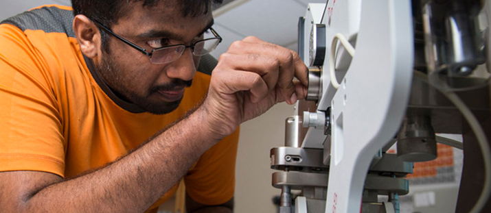 Mayur Sundararajan conducts research in Dr. Gang Chen's lab.