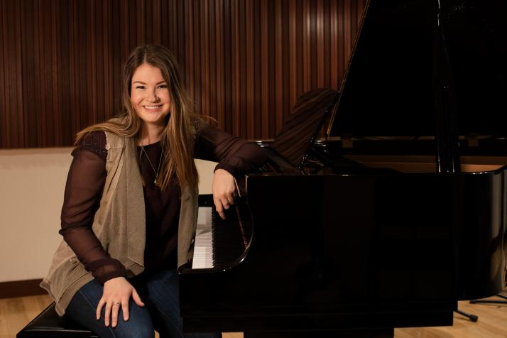 How a determined Scripps student scored a piano for the RTV recording studio