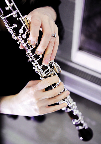 Person playing the oboe