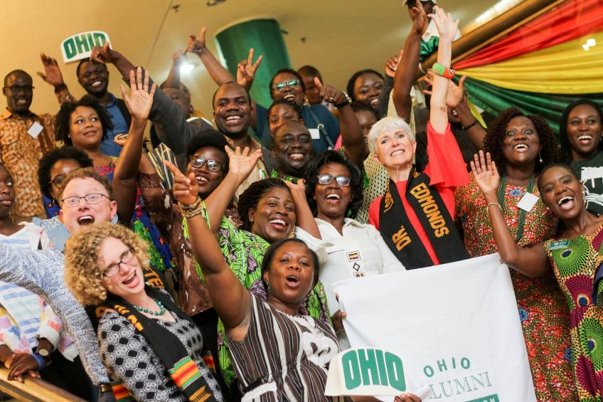 Alumni celebrate with Ohio banner