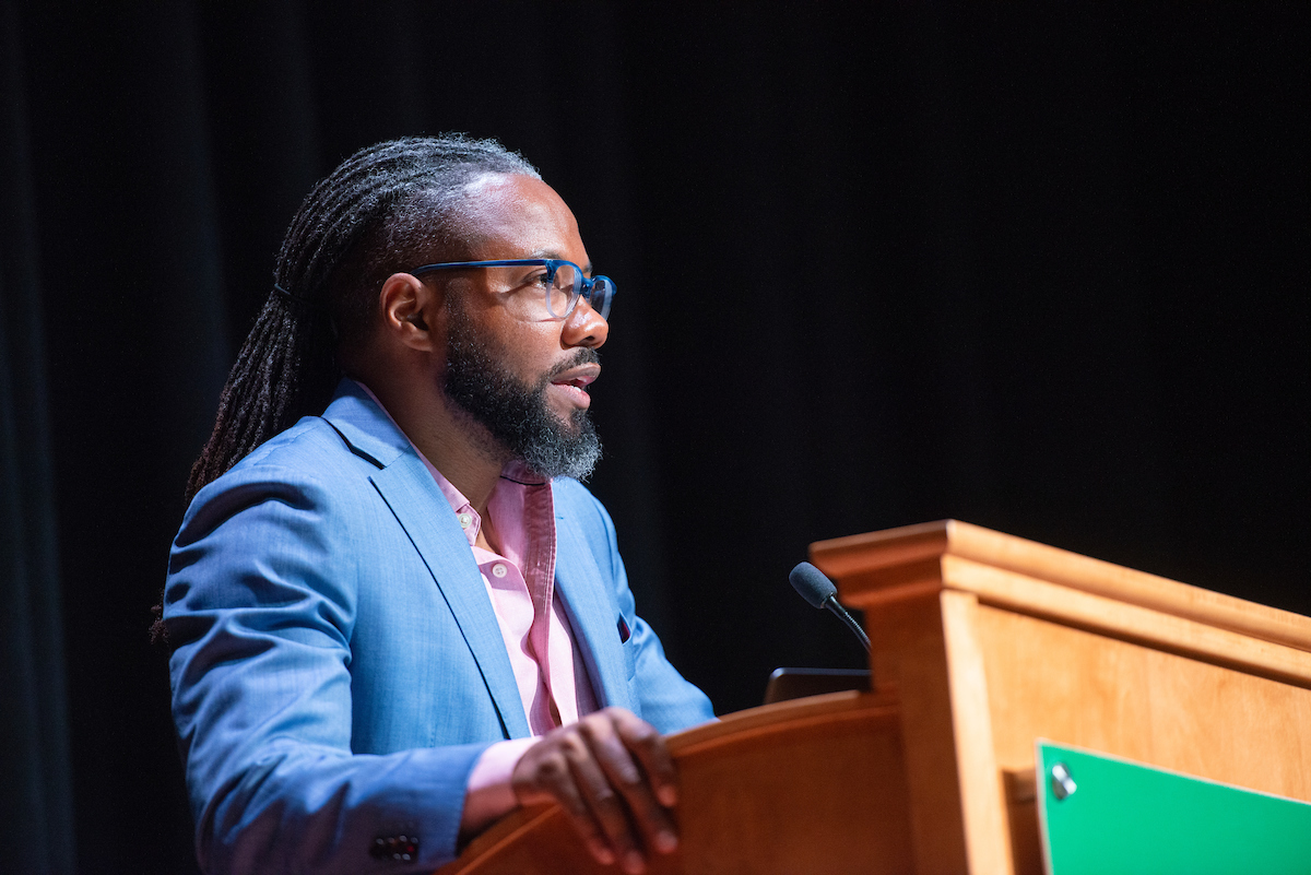Al Letson speaks to students, staff and faculty during the Challenging Dialogues series on April 22, 2019 in Baker Theater.